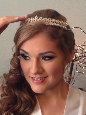 maquillaje y peinado profesional para novias quinceañeras